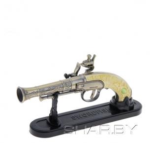 Зажигалка сувенирная пистолет с резной ручкой из кости