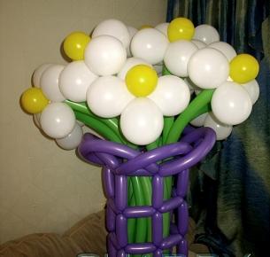Ваза с девятью цветами