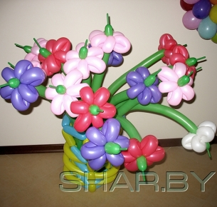Ваза с семнадцатью цветами